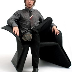 fredrik-farg-with-coat-chair-5